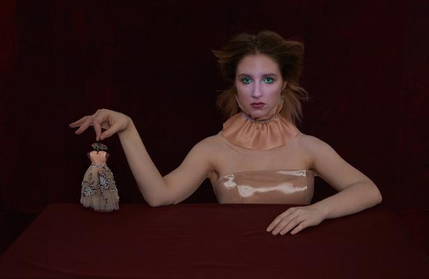 Полина Виторган иеще10актрис стали сказочными куклами влукбуке модного Дома