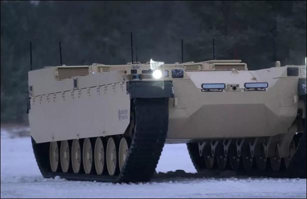 Боевой робот Type-Xпроходит полевые испытания