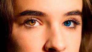 Почему может навсегда измениться цвет глаз