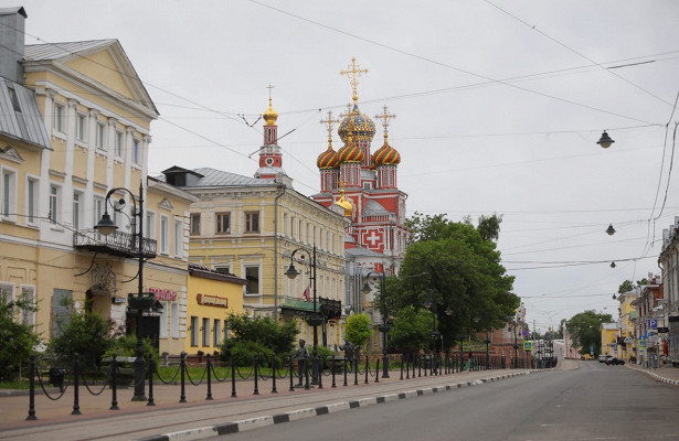 Дворянские усадьбы, арки истрит-арт: гуляем поисторической улице Рождественской