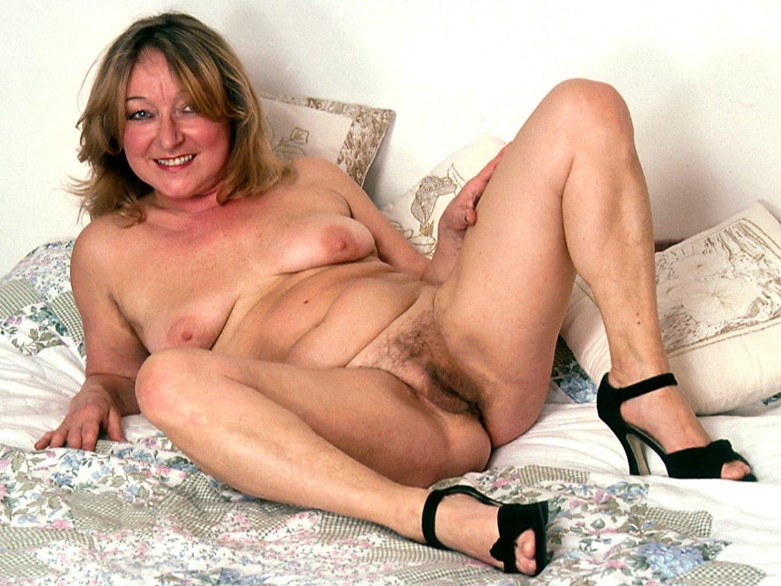 photos of mature nudes of 50 - masturbation