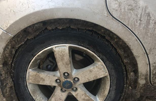 Объяснена опасность ледяных наростов наарках колес