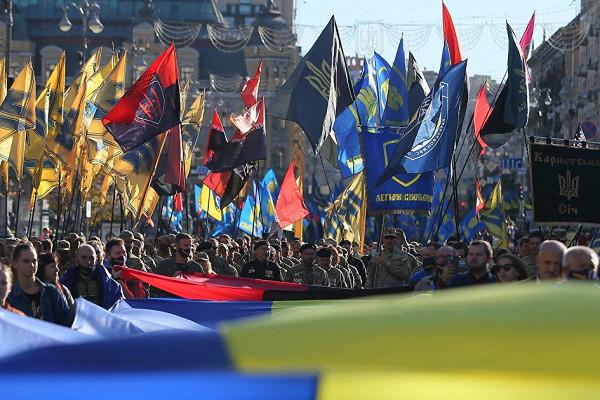 Лагеря для интернированных: Украина готовится к «миру»? (окончание)