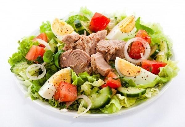 Салат с тунцом и черри рецепт – итальянская кухня: салаты. «Еда»