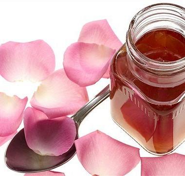 Рецепт Варенье излепестков роз