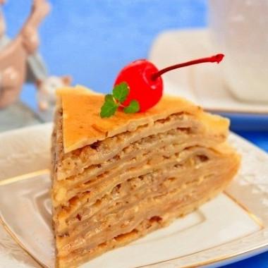 Рецепт Быстрый блинный торт сорехами