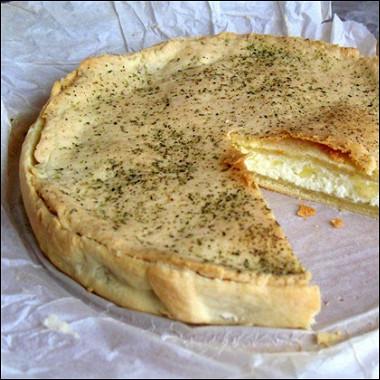 Рецепт Быстрый пирог садыгейским сыром ибрынзой