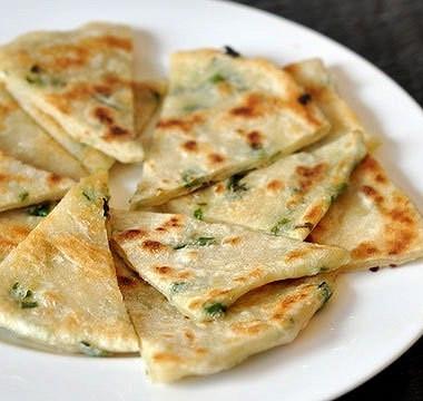 Рецепт Вегетарианские блинчики сзеленым луком
