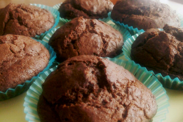 Шоколадные маффины с хрустящей корочкой