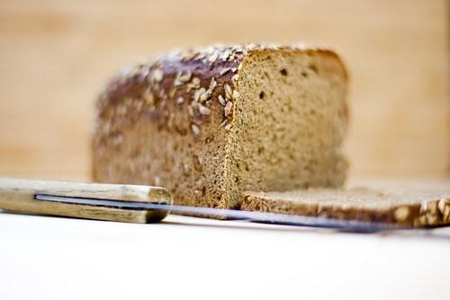 Коричневый хлеб на соде с отрубями