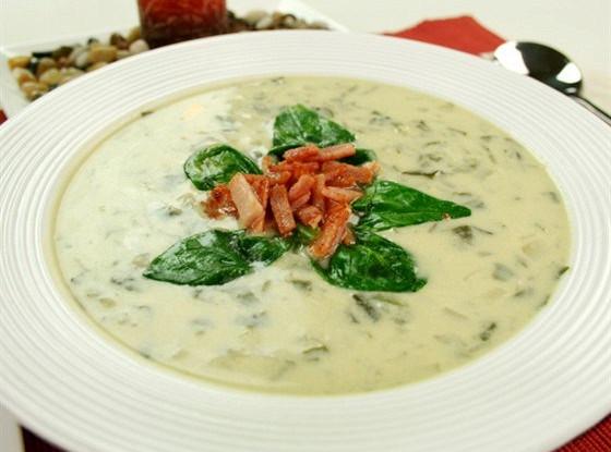 Крем-суп из лука-порея и картофеля с беконом
