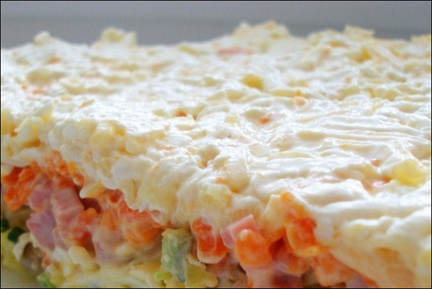Слоеный салат курица шампиньоны морковь