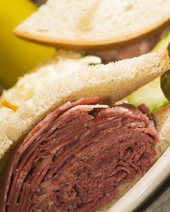 Большой бутерброд по-венгерски