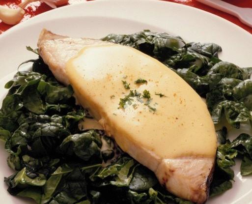 Рыба-меч с жареным соусом