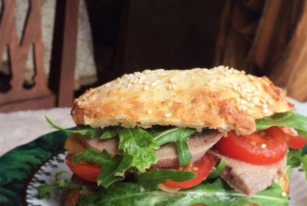Бутерброды из домашних булочек