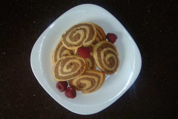 Двухцветное печенье «Серпантин»