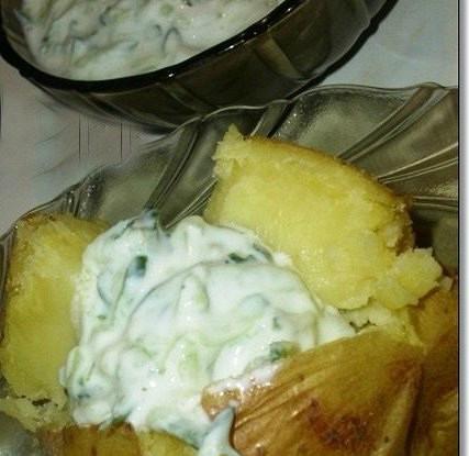 Печеный картофель с сырными шариками