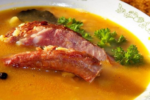 Как варить гороховый суп с копчеными ребрами