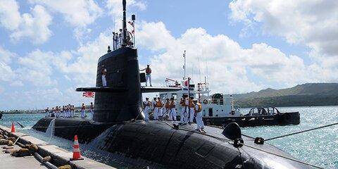 Подводная лодка столкнулась сторговым судном уберегов Японии