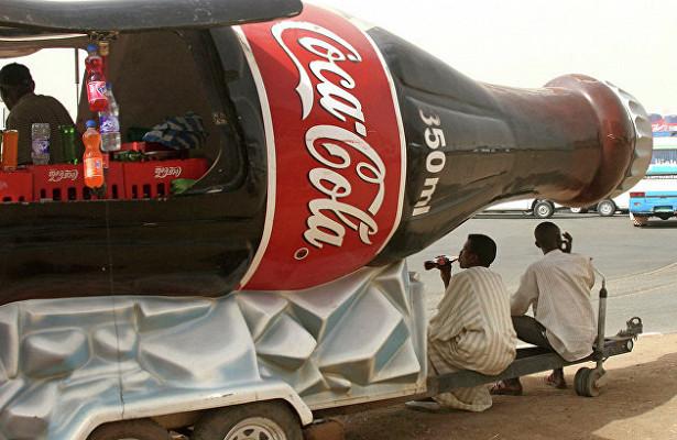 Coca-Cola начнет использовать бумажные бутылки