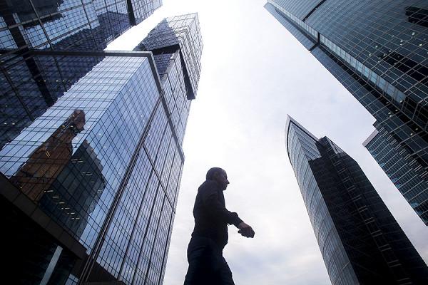 Миллиардер, оставивший банк с дырой в 300 млрд рублей, договорился с ЦБ на половину суммы
