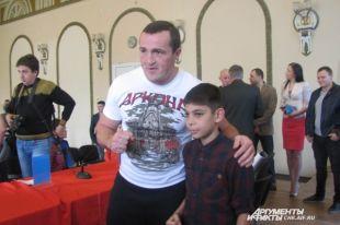 Денис Лебедев приедет вВоронеж намасштабный боксерский турнир