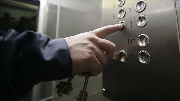 Кмосквичам приехал лифт струпом