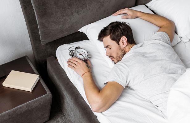 Почему нельзя спать наживоте