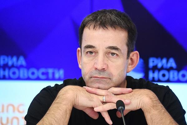Певцов предложил похоронить вождя революции