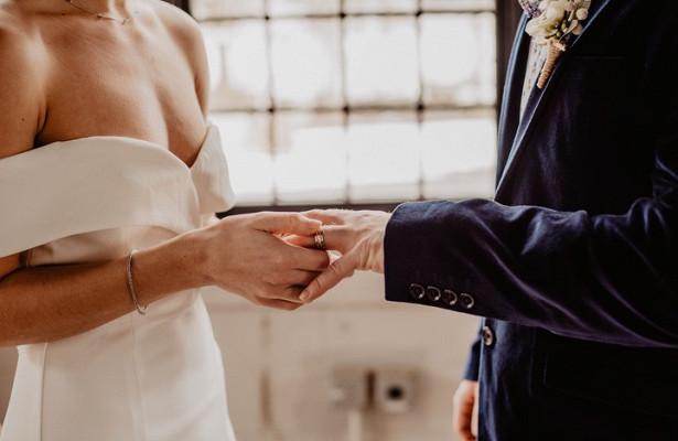 Названы условия длясохранения крепкого брака