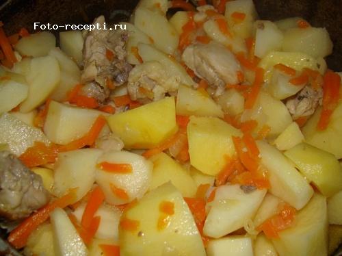 Тушеные окорочка с картошкой рецепт с фото