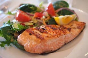 Накартошке инасладком. Южноуральцы недоедают рыбы, овощей ифруктов