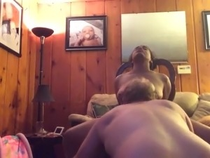 Stretching the wifes hairy pussy