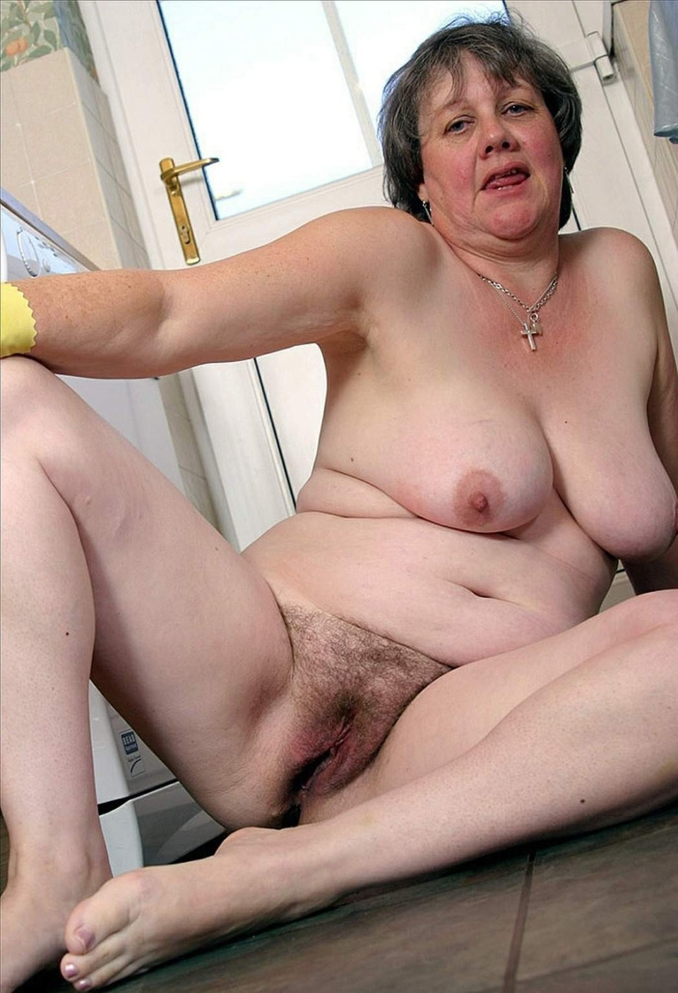 free hairy granny video - hairy - xxx photos