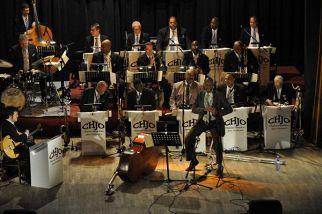 Clayton - Hamilton Jazz Orchestra и Сесиль Маклори